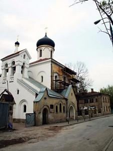 Храм старообрядческой Остоженской общины: начало внешнего ремонта, 00-01 гг.