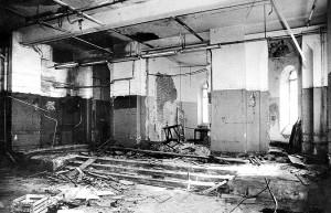 Внутренний интерьер храма до ремонта: первый этаж